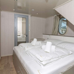Suzana 19 cabins 40 pax Rijeka 29