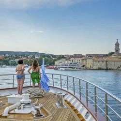 Suzana 19 cabins 40 pax Rijeka 3