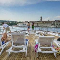 Suzana 19 cabins 40 pax Rijeka 4