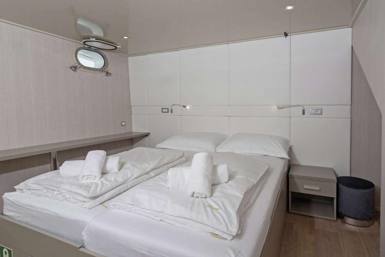 Suzana 19 cabins 40 pax Rijeka 41