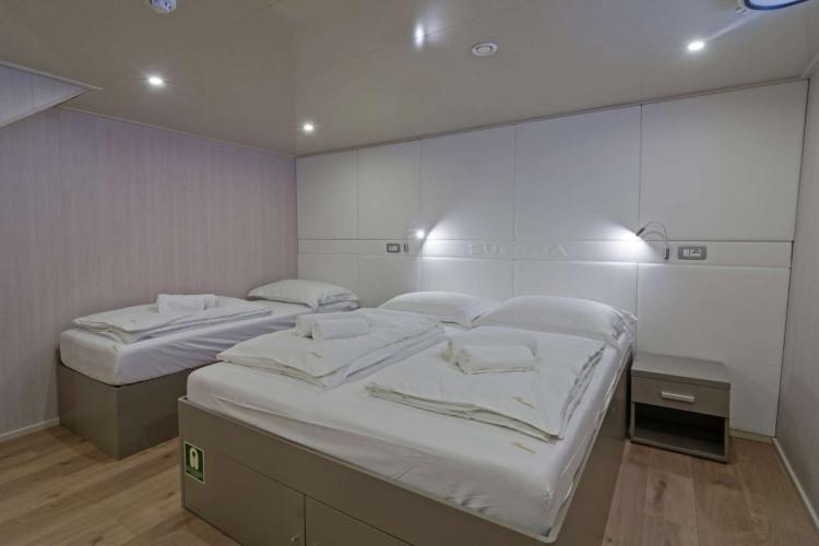 Suzana 19 cabins 40 pax Rijeka 46
