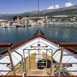 Voyage 18 cabins 38 pax Zadar 24