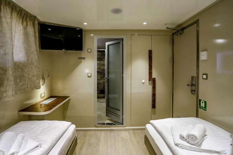 Voyage 18 cabins 38 pax Zadar 28