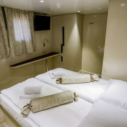 Voyage 18 cabins 38 pax Zadar 31