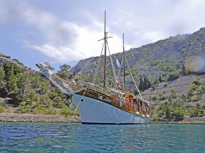 MS Zelenbor, Rijeka, 13 pax, 6 cabins