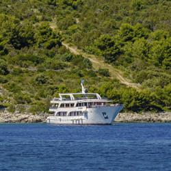 azzurro 19 cabins 40 pax trogir 1